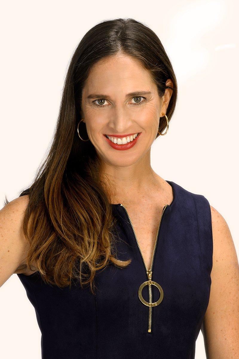 Dr Kelly Schuh